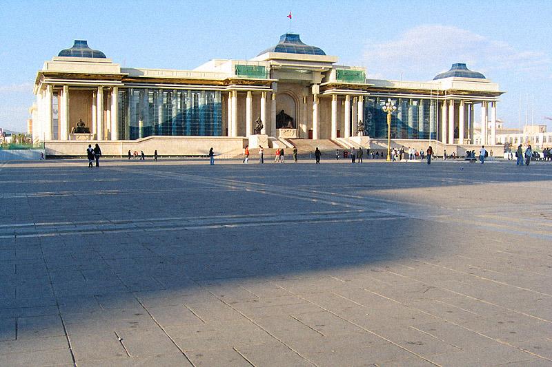 Sükhbaatar Square / crayoncrisis.com