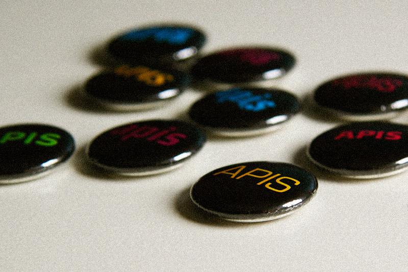 Apis buttons / crayoncrisis.com