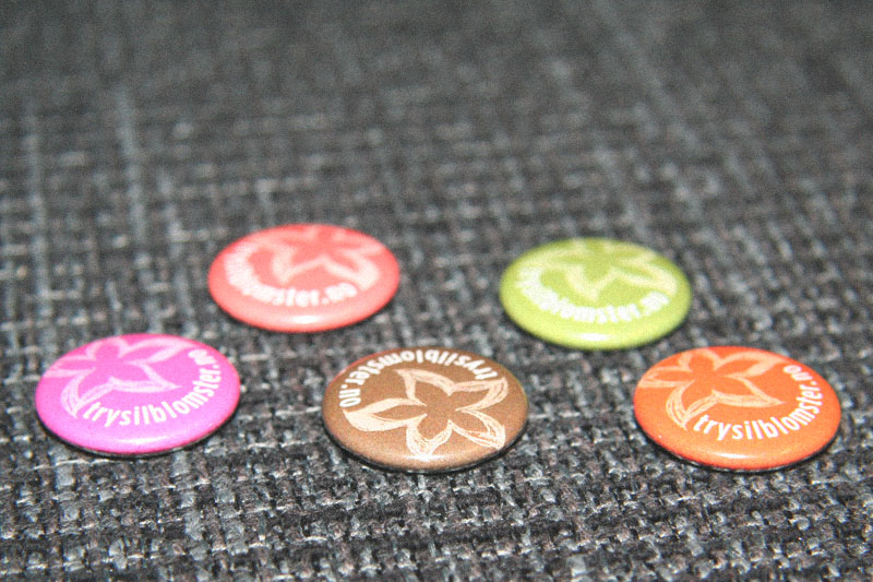 Florist Buttons / crayoncrisis.com